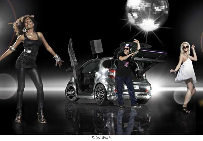 toyota-iq-disco-dance