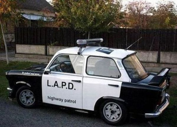 trabant-polizei-auto