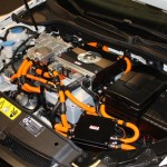 auto-2011-10-elektromotorraum