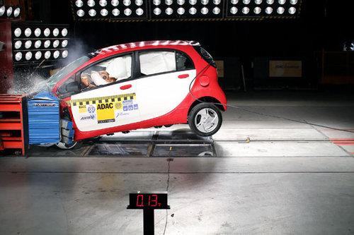 mitsubishi-i-miev-elektroauto-crashtest