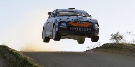hyundai-veloster-rally-auto