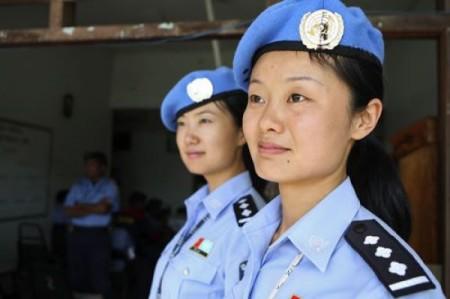 asiatische-polizistinnen