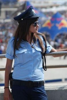 lassige-polizistin