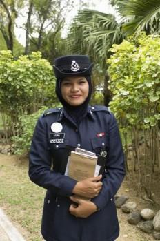 polizistin-aus-malaysia