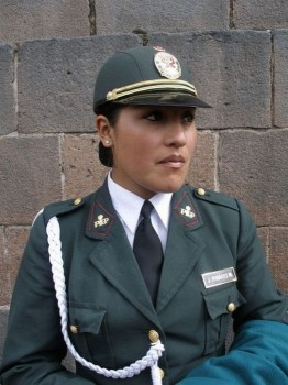 polizistin-aus-peru