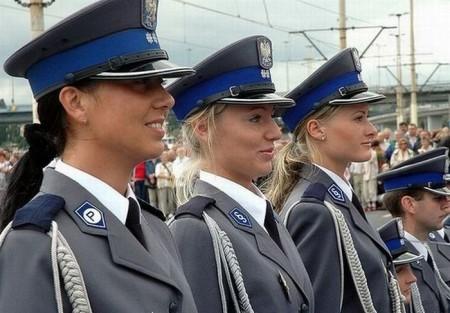 polizistinnen-aus-polen