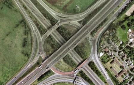 verruckte-autobahnknoten