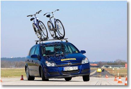 fahrrad-dachtrager-ausweichtest-adac