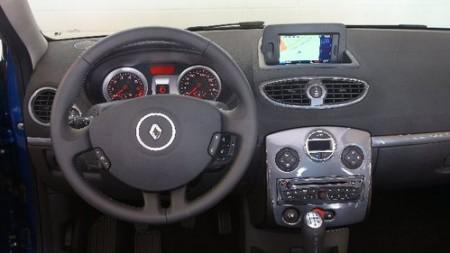 renault-clio-cockpit