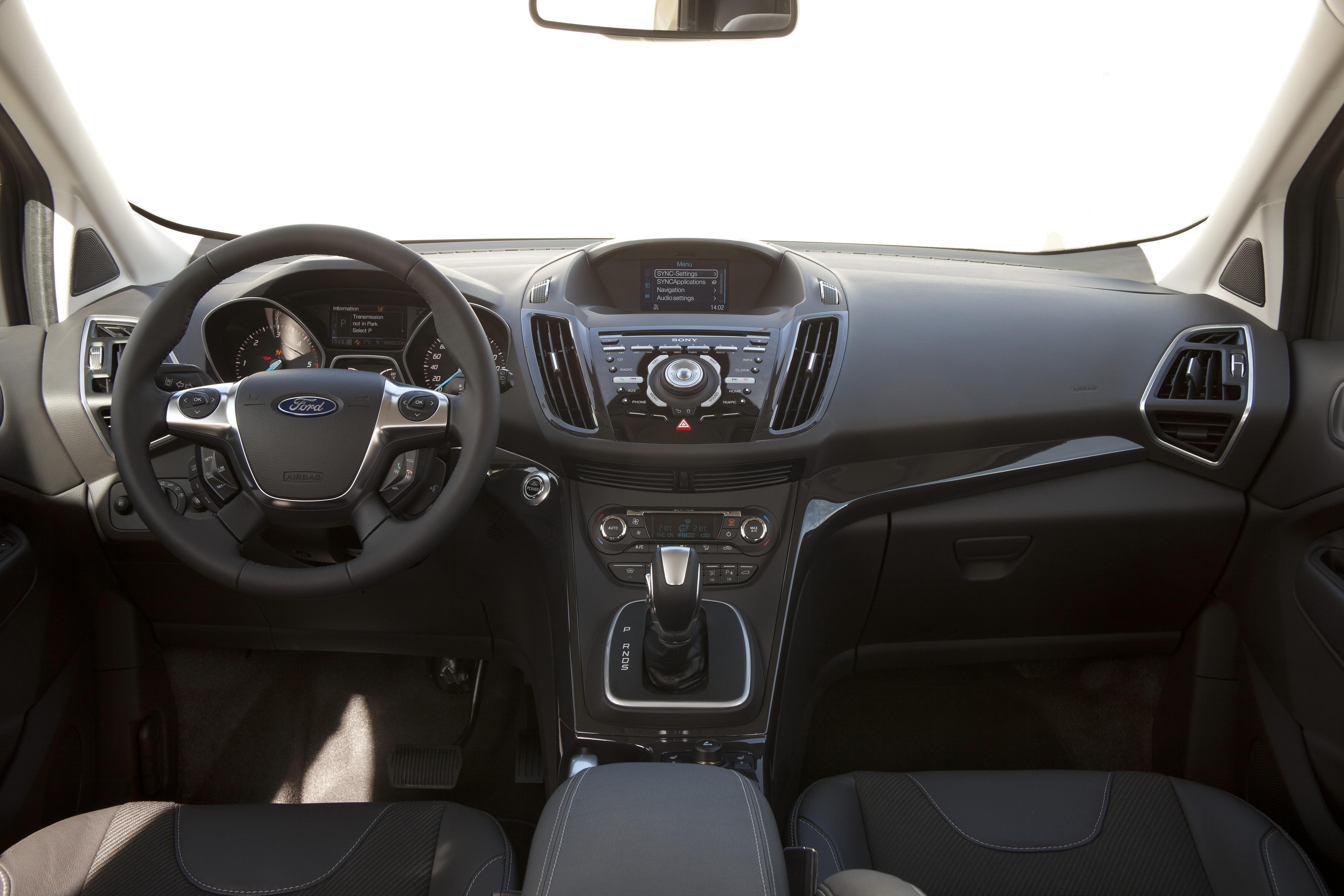 Zweite, komplett neu entwickelte Generation des Ford Kuga ergänzt das