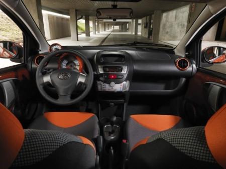 Toyota AYGO Innenraum