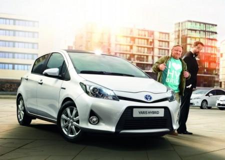 Jan Josef Liefers Axel Prahl Markenbotschafter Toyota Yaris Hybrid Sommer