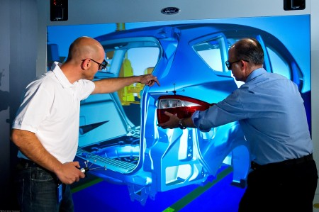 Ford Engineers Evaluate Manufacturing Processes in a Virtual Env