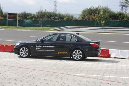 Continental Chassis & Safety Car-to-X Kommunikation BMW