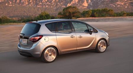 Opel Meriva Heck Seite