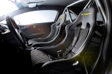 Opel Astra OPC Extreme Sitze