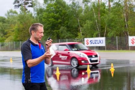 Suzuki Driving Xperience 2014 Rallye-Profi Niki Schelle Suzuki Swift