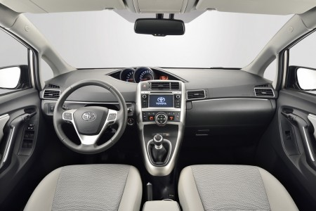 Toyota Verso Innenraum