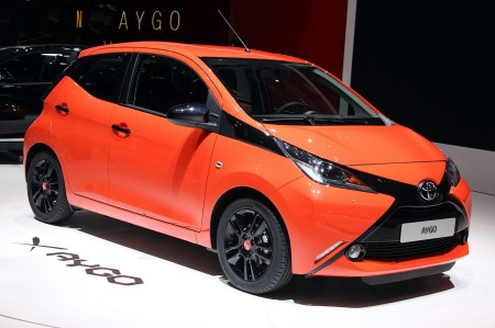 Toyota Aygo 2014 Front X Grill