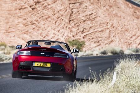 Aston Martin Vantage S Roadster Heck