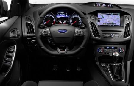 Ford Focus ST Cockpit