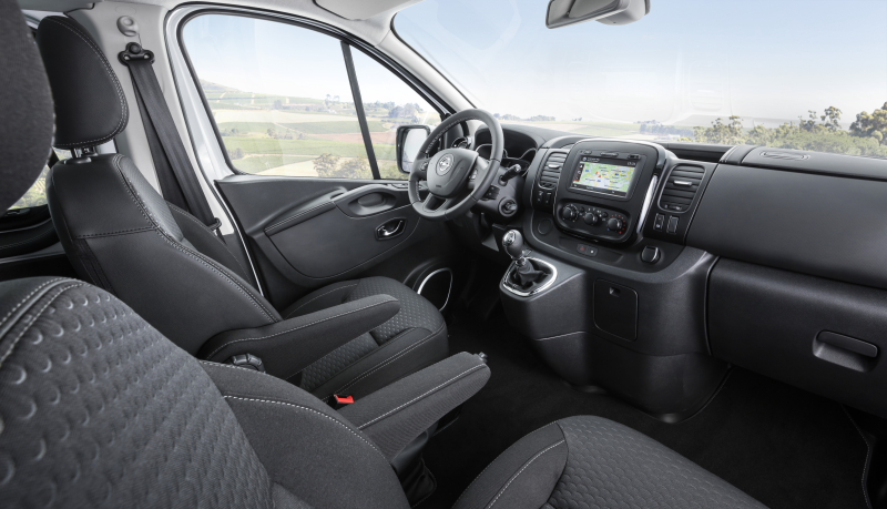 Opel vivaro billige autos infos news for Interieur opel vivaro